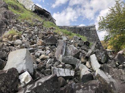 熊本地震で崩れた石垣