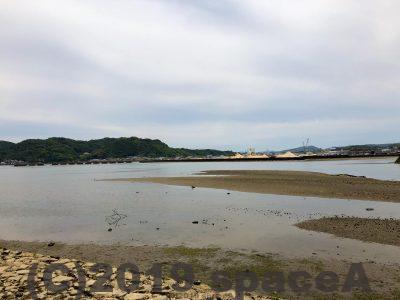 本渡港大矢崎緑地公園の目の前は海